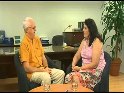 Role Play: Solution Focused Therapy - YouTube
