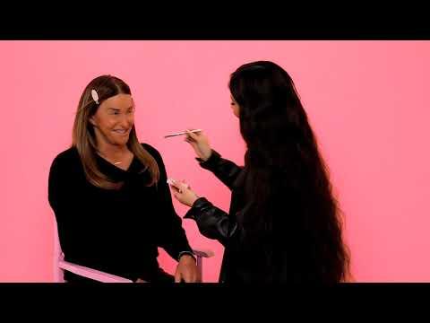Η Κάιλι Τζένερ κάνει μακιγιάζ για πρώτη φορά στον μπαμπά της