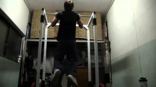 懸垂ができない人が懸垂ができるようになるためのトレーニング