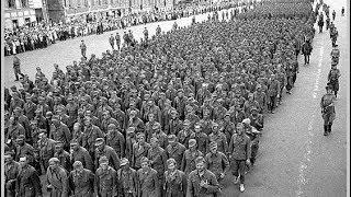 II WŚ. Wojna Rosyjska. Kult jednostki.Wyczerpane wojną społeczeństwo radzieckie nie może liczyć nawet na chwilę wytchnienia.
