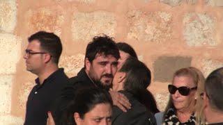 Antonio Orozo, Destrozado En El último Adiós A Susana