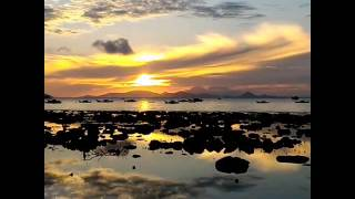 "LEMUKUTAN ""SUNRISE Part 2"" (TIMELAPSE) by @endratirtana"