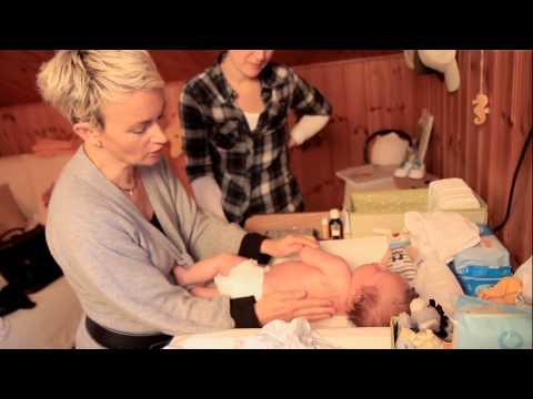 Was tun bei schiefer Kopflage bei Babys?