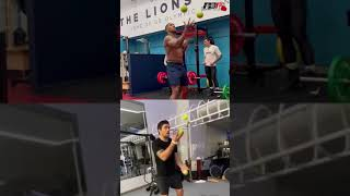 ANTHONY JOSHUA VS OLEKSANDR USYK SIDE-BY-SIDE TENNIS BALL JUGGLING SKILLS WHO DID IT BETTER? #Shorts