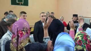"""Громада вигнала """"московського попа"""" (ВІДЕО)"""