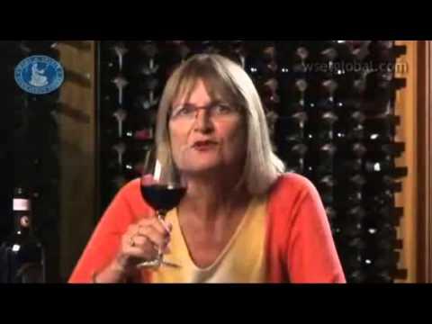 Khám phá rượu vang Chianti Classico cùng Jancis Robinson
