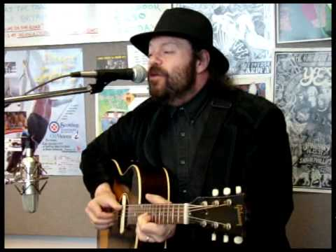 Colin Linden Live At The Q In Victoria