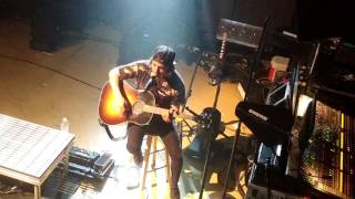 Issues Julia Michaels Cover LIVE By <b>Vic Fuentes</b> Pierce The Veil