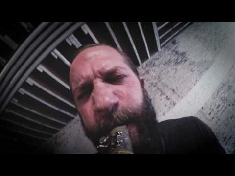 Colin Stetson - In The Clinches (Official Video) online metal music video by COLIN STETSON