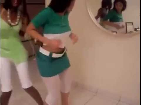 Hausa hot babes dance sexy in Malay