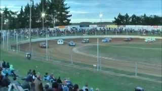 preview picture of video '15 Feb 2013 Torin Group Ht 1 Qualifying Woodford Glen Speedway, Kaiapoi, NZ.'