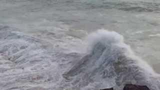 preview picture of video 'Mega Wellen Küste von Portugal ( Boca de Inferno)'