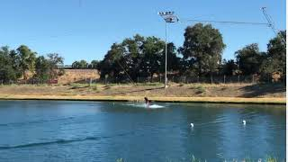 Guy Crashes In Water During Kite Surfing Attempt - 1064313