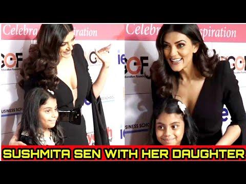 Sushmita Sen with Her Daughter Alisha at I AM WOMAN Awards 2018 | Bollywood Shaukeen