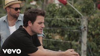 Santiago Cruz   Una Historia Diferente (Official Video) Ft. Dani Martin
