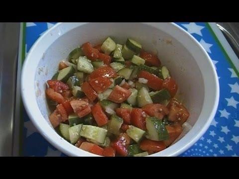 Video Classic Tomato & Cucumber Salad!  Noreen's Kitchen Fast & Fresh!