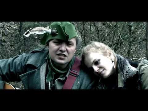 Malá bílá vrána - Malá bílá vrána - Zelená a Modrej   (Official Music Video 2014)