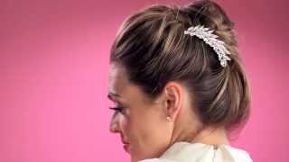 Soho Style | Three Hairstyles With Three Hair Combs