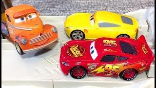 Тачки 3 Молния Маквин Круз Рамирес Тренировка Мультики про Машинки Cars 3 Lightning McQueen