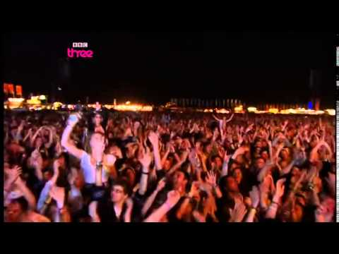 Keep the Car Running - Arcade Fire at Reading Festival 2010