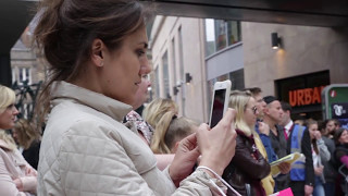 Shoppers in Leeds are completely surprised by this incredible performance!