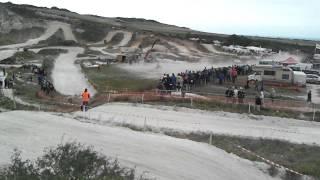 preview picture of video 'un tour de piste a sangatte moto cross'