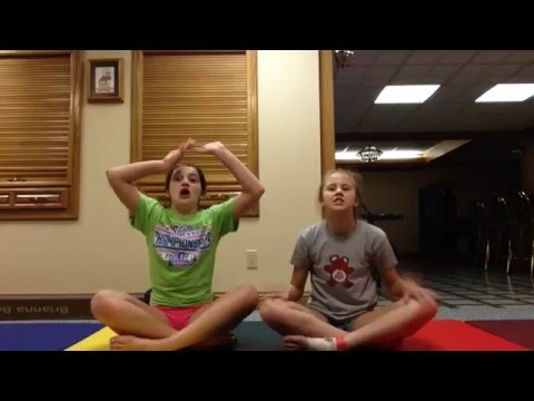YOGA CHALLENGE WITH JANINE!!!! part 1