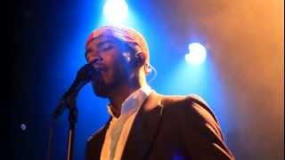 "Frank ocean sings ""dust""@bowery ballroom"