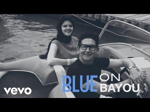 Roy Orbison, The Royal Philharmonic Orchestra - Blue Bayou (Lyric Video)