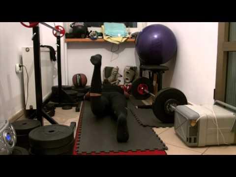 Ćwiczenia na plecy mięśnia naramiennego