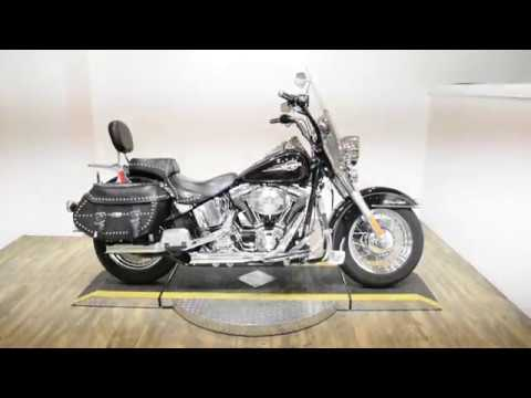 2005 Harley-Davidson FLSTC/FLSTCI Heritage Softail® Classic in Wauconda, Illinois - Video 1