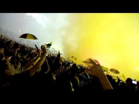 """""""recibimiento peñarol vs river..campeon del siglo"""" Barra: Barra Amsterdam • Club: Peñarol"""
