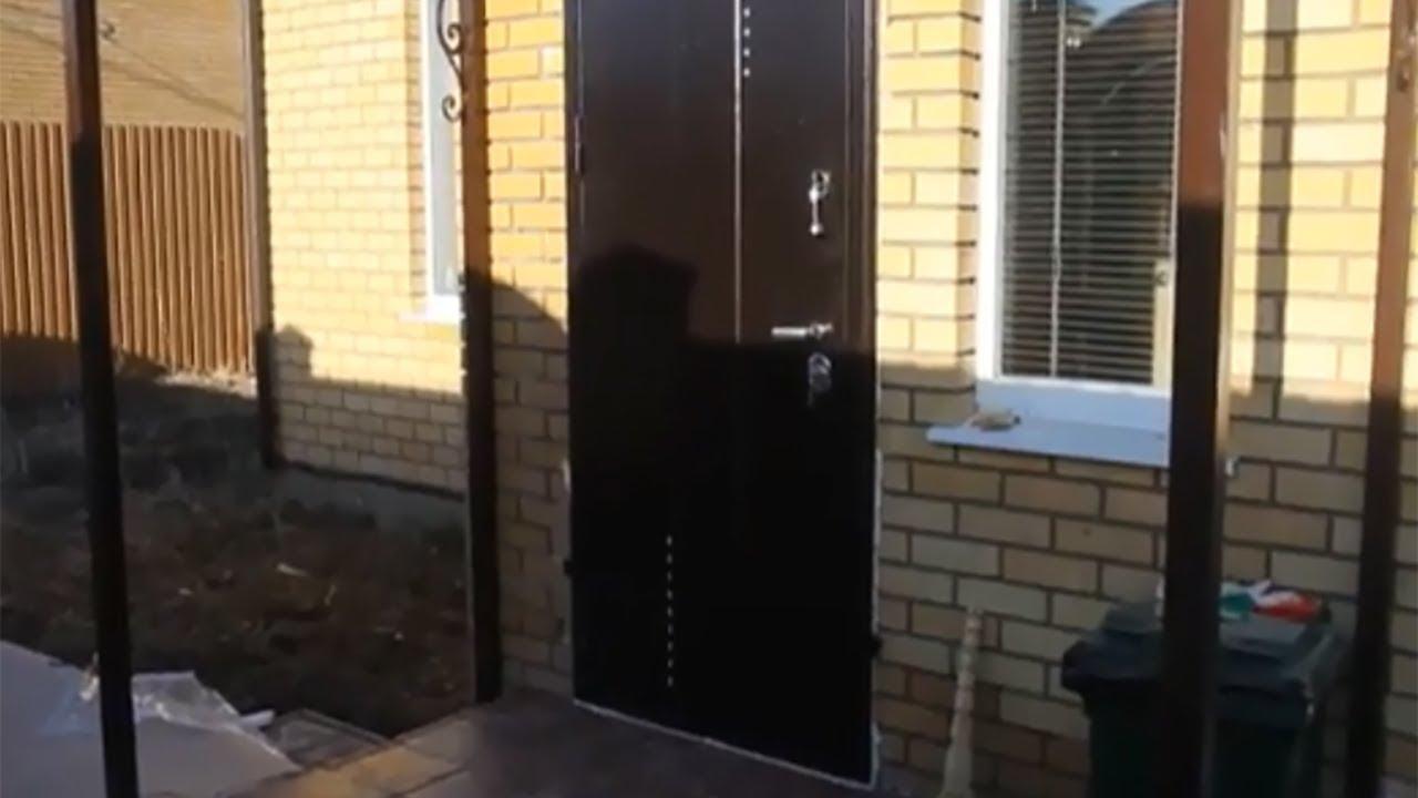 Установка двери с терморазрывом в коттедже панель Дуб