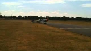 preview picture of video 'Eine YAK-50 in Rotenburg-Wümme - http://www.jak-52.de'