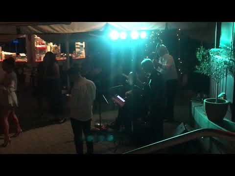 Atmosphere Italian Music Acoustic Trio video preview