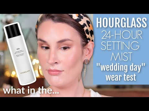Veil Soft Focus Setting Spray by Hourglass #3