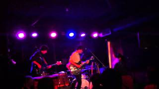 "The Barr Brothers - ""Give The Devil Back His Heart"" - 4/13/11 @ The Rock Shop, Brooklyn (HD)"