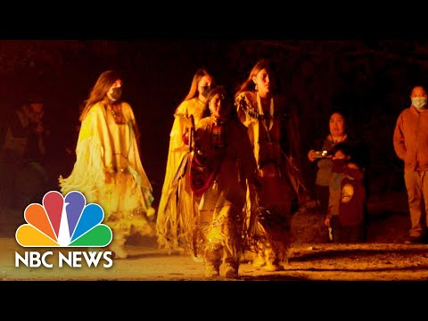 Apache Tribe Fights To Save Its Centuries-Old Holy Place | NBC News