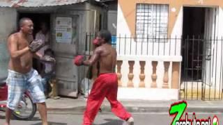 preview picture of video 'www.zerobulto.net BOXEO en El Matadero Salcedo'