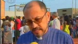 preview picture of video 'Projeto Honga - ODEBRECHT - Angola - Ecos e Factos  2009 09 29'