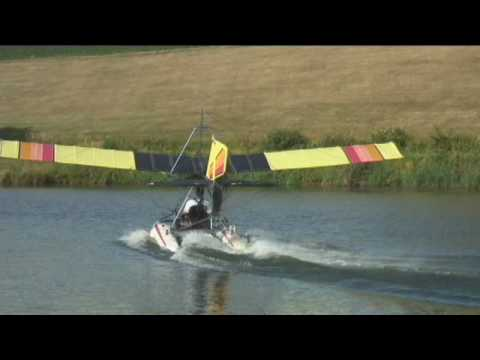 Quicksilver MX Ultralight Airplane on Floats.wmv