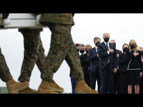 ΗΠΑ: Επέστρεψαν οι σοροί των 13 στρατιωτών από το Αφγανιστάν…