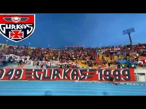 """""""LA HINCHADA MAS GRANDE DEL PAÍS 1949=GURKAS=1999"""" Barra: Gurkas • Club: Jorge Wilstermann"""