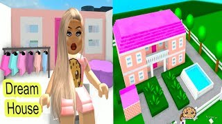 Building My Own Barbie Dream House !!! Let's Play Roblox Game Video