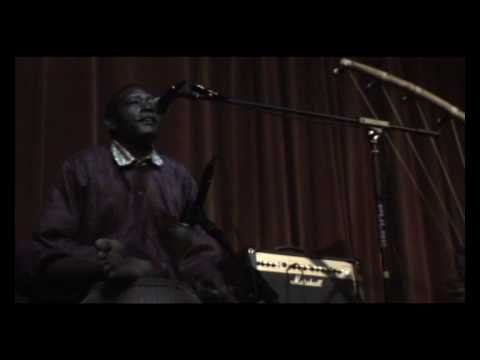 Mamane Barka (live at The Smugglers Sessions) 13-11-10 Part 1 of 2