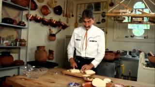 Tu Cocina (Yuri de Gortari) - Clemole morelense