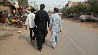 preview picture of video 'Small city big city in Pakistan'