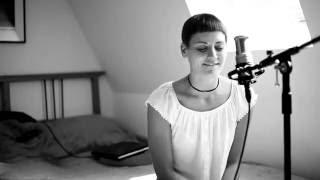 Nur nicht aus Liebe weinen (Zarah Leander Cover)
