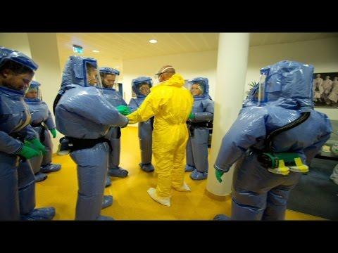 Παγκόσμιος συναγερμός για τον Έμπολα