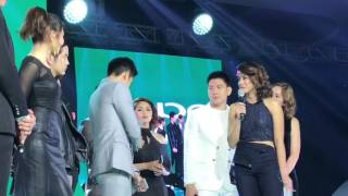 Gretchen Ho interviews Robi Domingo on stage for the first time after the breakup